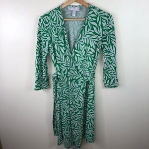 Diane von furstenberg green floral wrap dress 10